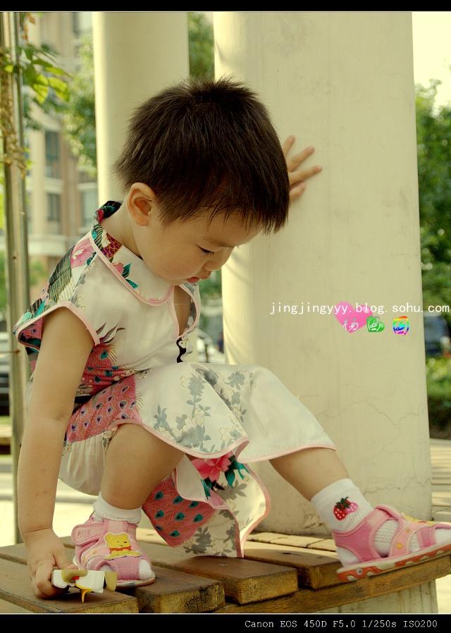 摄影实习 (十五)----- 穿旗袍的小囡  儿童摄影>