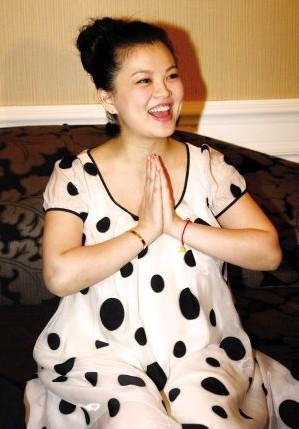 李湘是不是怀二胎了_李湘怀孕大肚照图片