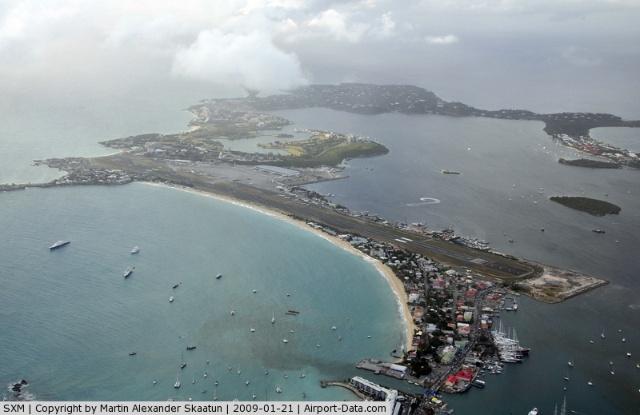 茱莉安娜公主机场是背风群岛地区重要的航空枢纽