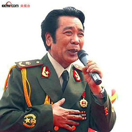 克里木少将:总政歌舞团维吾尔族表演艺术家,享受正军级待遇.-军衔