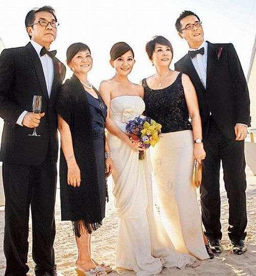 实拍梁静茹菲律宾长滩岛豪华婚礼(图)